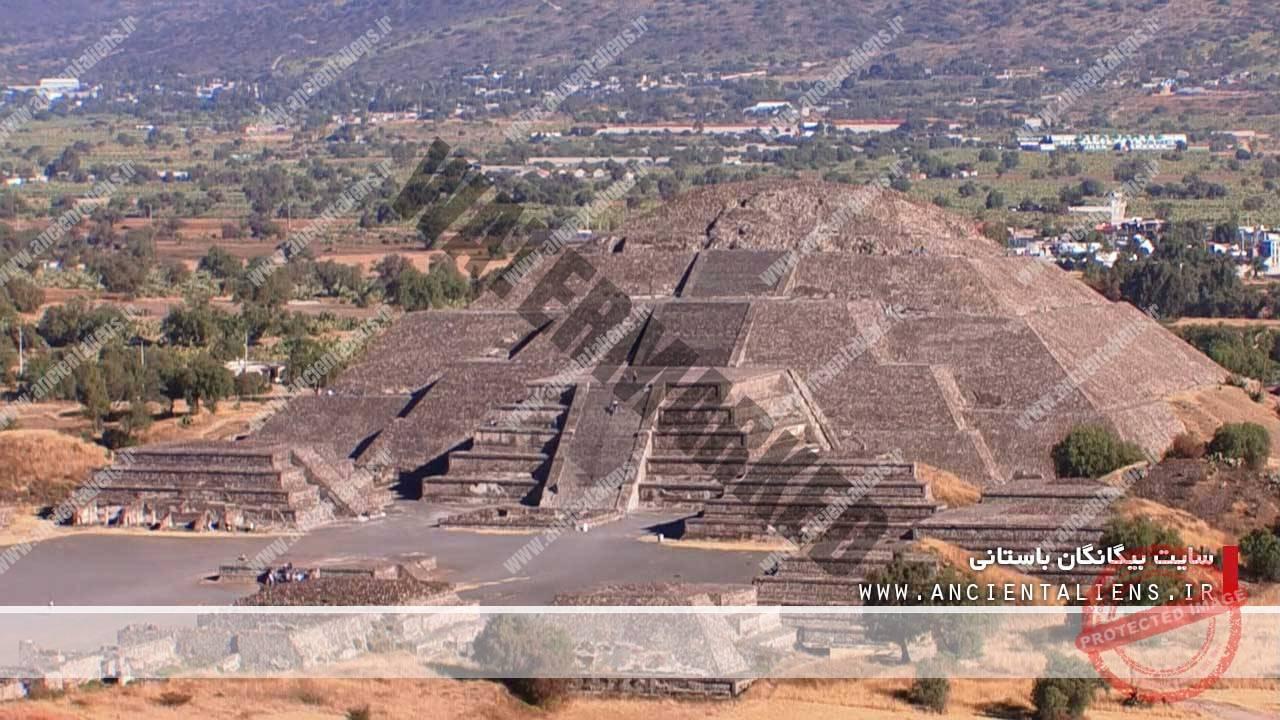هرم خورشید در تیوتیهوکان مکزیکو