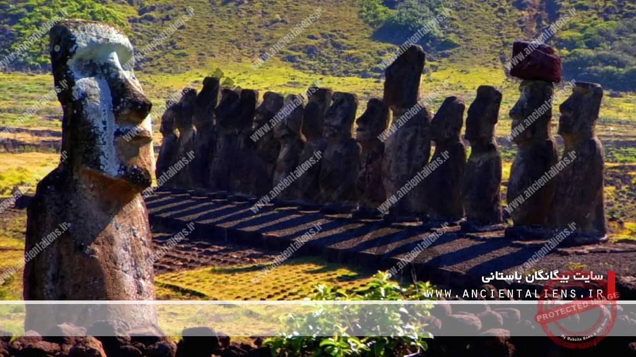 نگهبانان سنگی موآی در جزیره ایستر