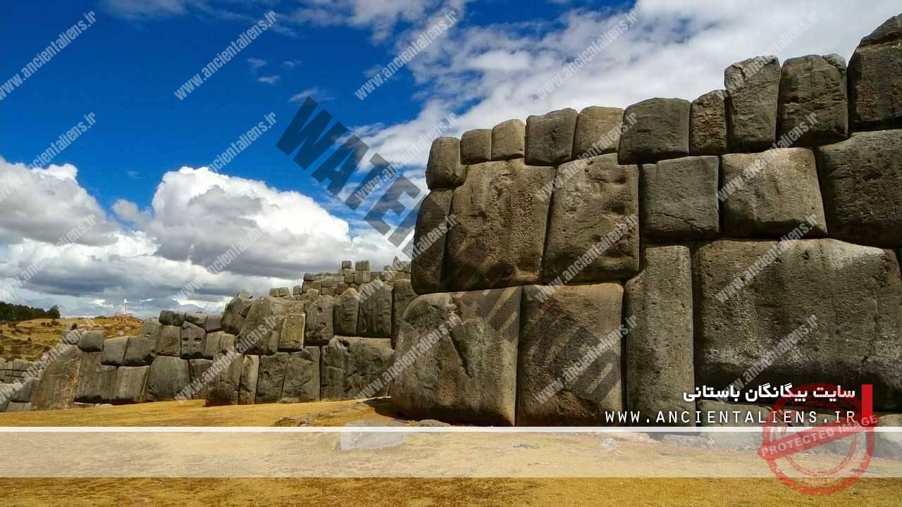 سنگهای ذوب شده ساکسی هوامان