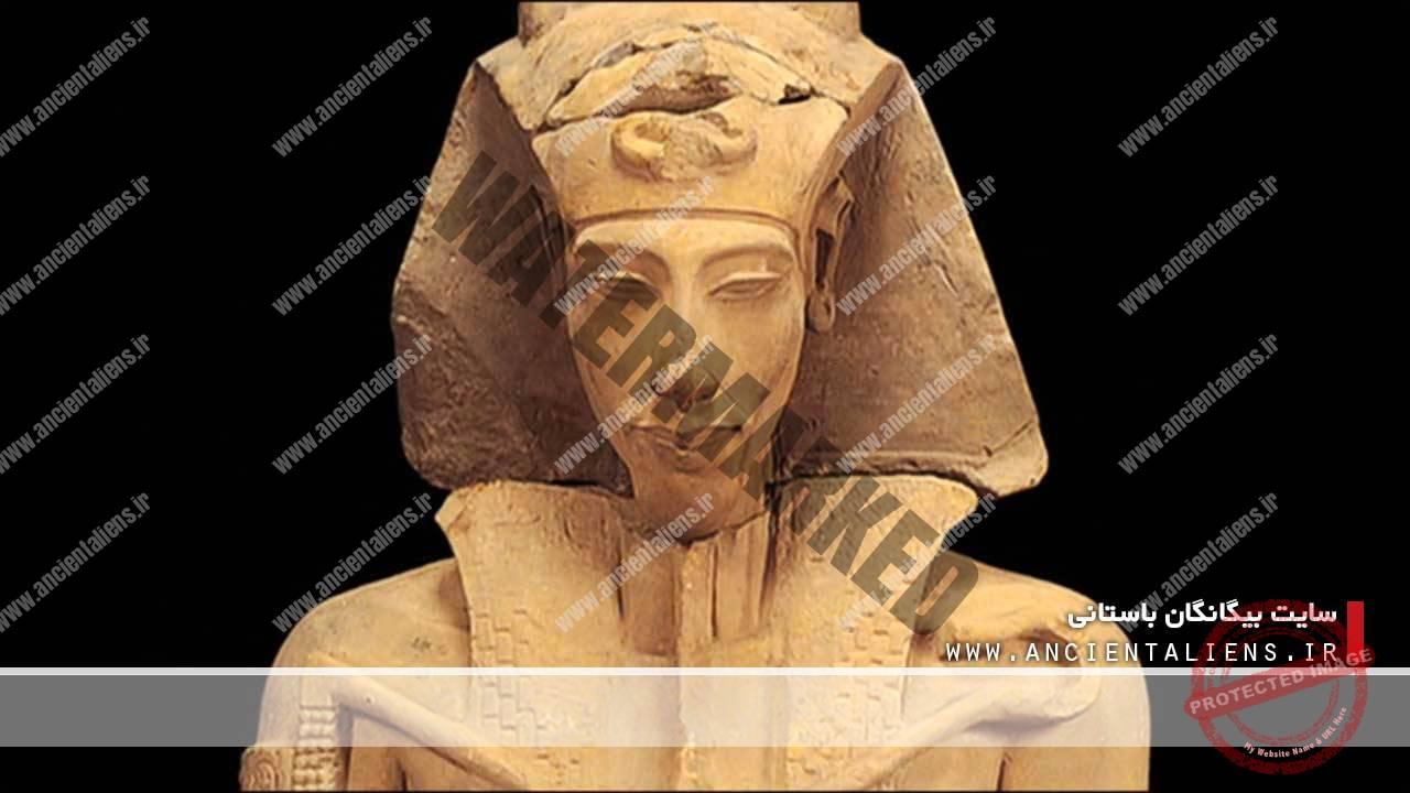 فرعون آخناتون