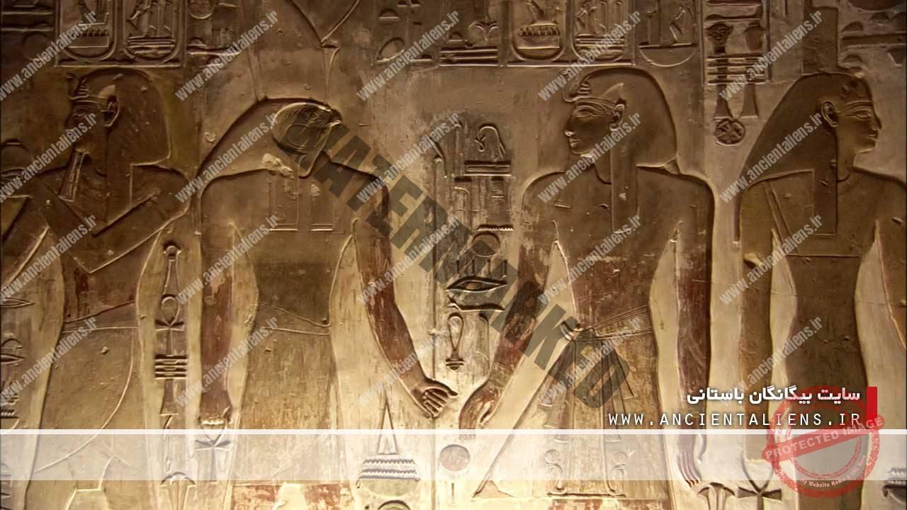خلق موجودات ترکیبی در مصر باستان